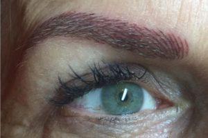 Perfekte Augenbrauen für einen frischen Look