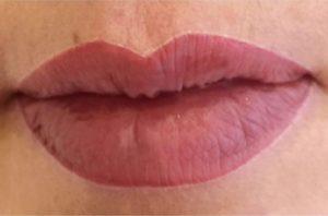 Schöne Lippen sind zum küssen da